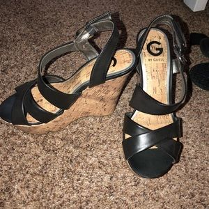 Guess - Black Wedges
